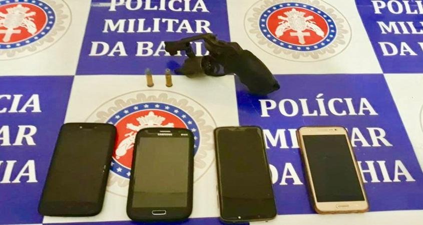 Polícia Militar prende três indivíduos de Belém do São Francisco-PE, que assaltaram em Abaré-BA,