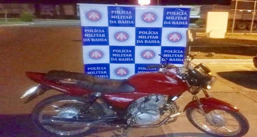 Polícia Militar recupera motocicleta roubada no Moxotó-BA