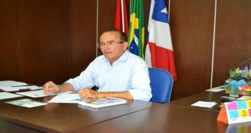 Prefeito Luiz de Deus está em Brasília e participa de atividades da AMUSUH