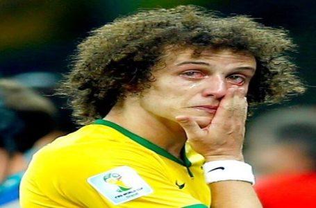 """Seis anos depois, David Luiz desabafa sobre o 7 a 1: """"Carreguei o fardo durante muito tempo sozinho"""""""