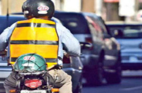 Mototaxista tem carteira roubada por falso cliente em Paulo Afonso