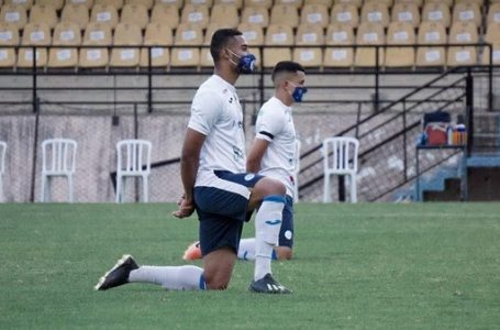 Jogadores do São Bento protestam contra CBF e a realização de jogo pela Série C após surto de Covid-19