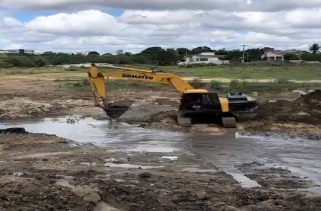 Prefeitura de Paulo Afonso segue revitalização do Lago da Vila Militar